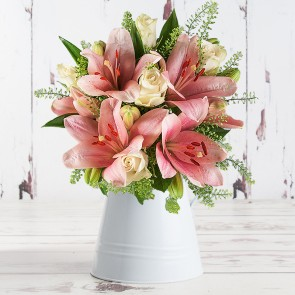 Lovely Lily & Rose (100% Extra Free Roses)