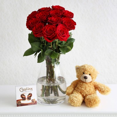 12 Red Roses, Teddy & Chocolates