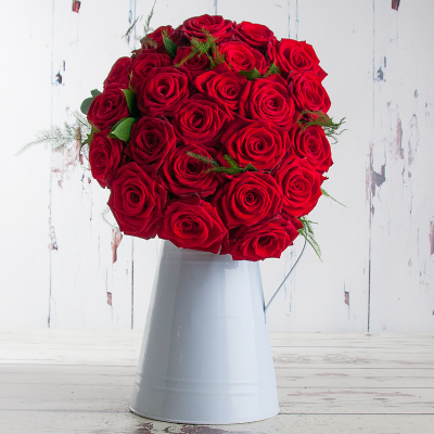 Cherry Red Roses (100% Extra Free)